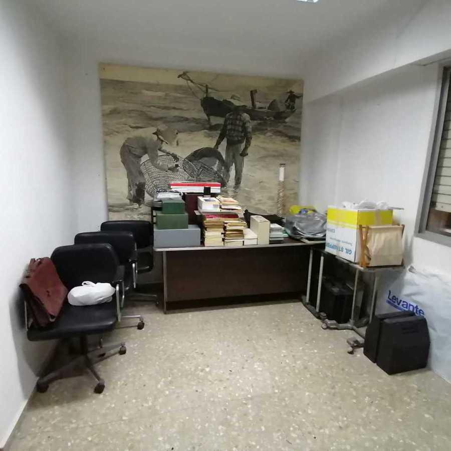 Retira de muebles de oficina en Valencia